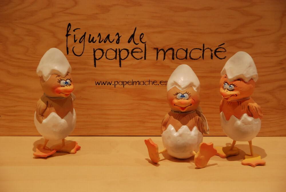 figuras personalizadas de pollitos de papel mache