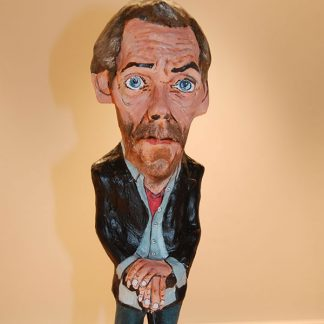 figura de papel mache de Doctor House