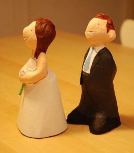 mini pareja de novios para tartas de boda