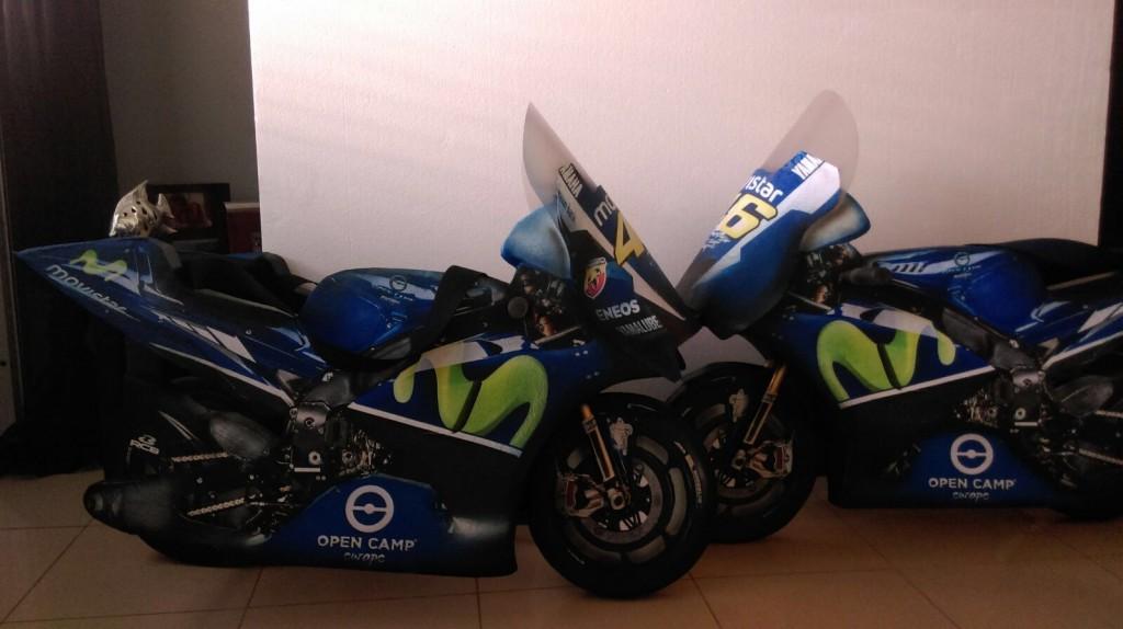 motos de carreras ficticias
