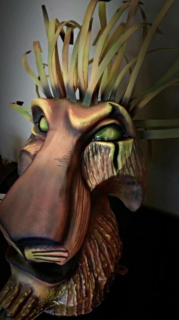 mascara del musical del rey leon