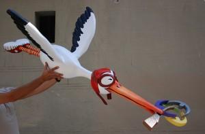 Cigüeña personalizada de papel maché